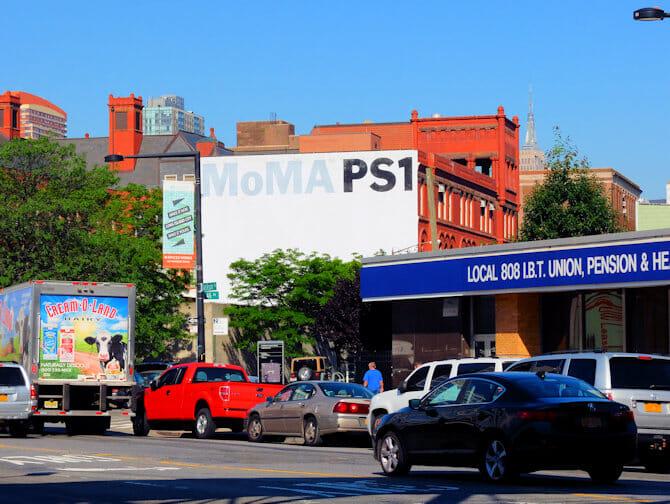 Long Island City a New York MoMa PS-1