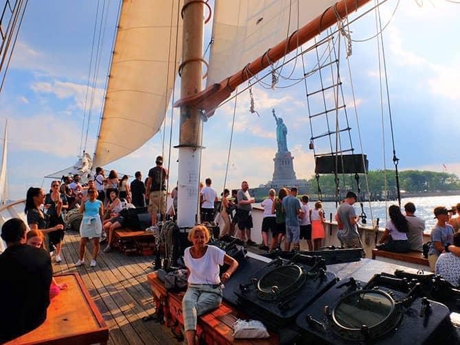 Crociera in veliero a New York Statua della Libertà - Giro a vela