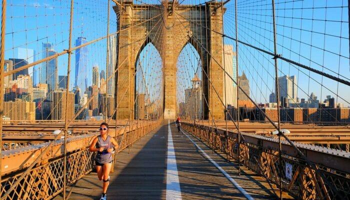 Brooklyn Bridge a New York - Corsa