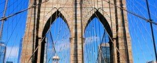 Brooklyn Bridge a New York