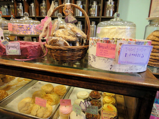 Dolci Alices Tea Cup a NYC