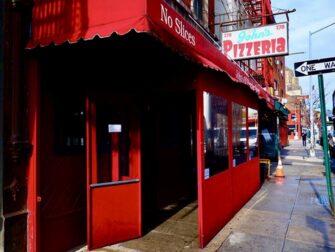 La migliore pizza a New York - John's Pizzeria