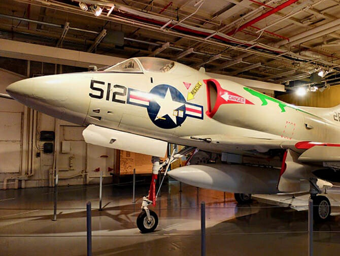 Intrepid Sea, Air and Space Museum a New York - Aereo