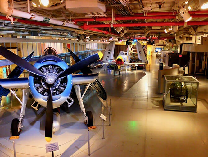 Intrepid Sea, Air and Space Museum a New York - All'interno del museo