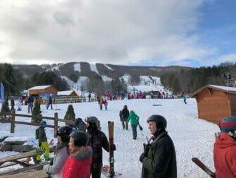 Sciare o fare snowboard a New York per un giorno - Hunter Mountain