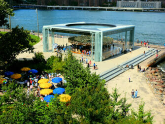 Brooklyn Bridge Park a New York - Jane's Carousel