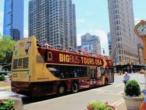 Autobus hop on hop off a New York