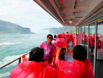 New York alle Cascate del Niagara in aereo privato per un giorno - Turisti
