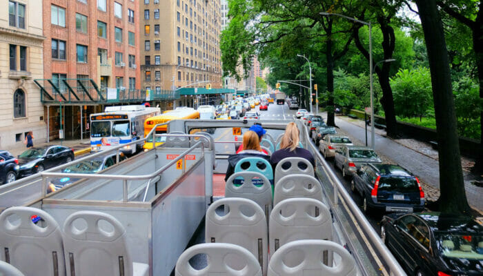 Autobus turistico Gray Line a New York - Guida