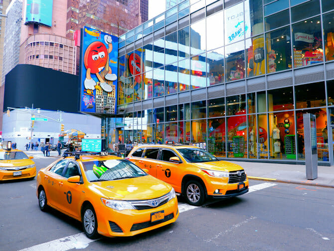 Theater District a New York - M&M Store