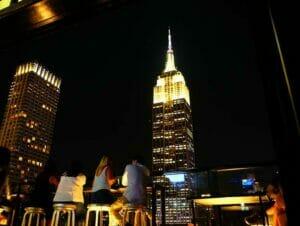 Rooftop bar tour a New York