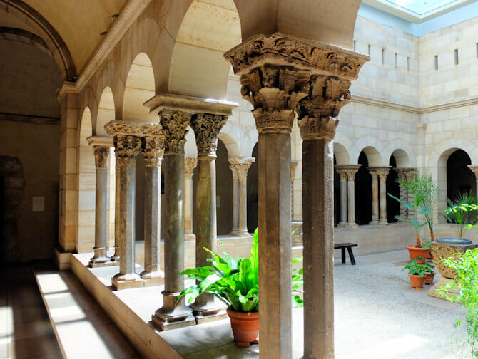 The Met Cloisters a New York - Architettura