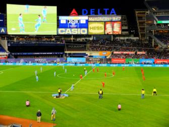Risparmiare a New York - Calcio