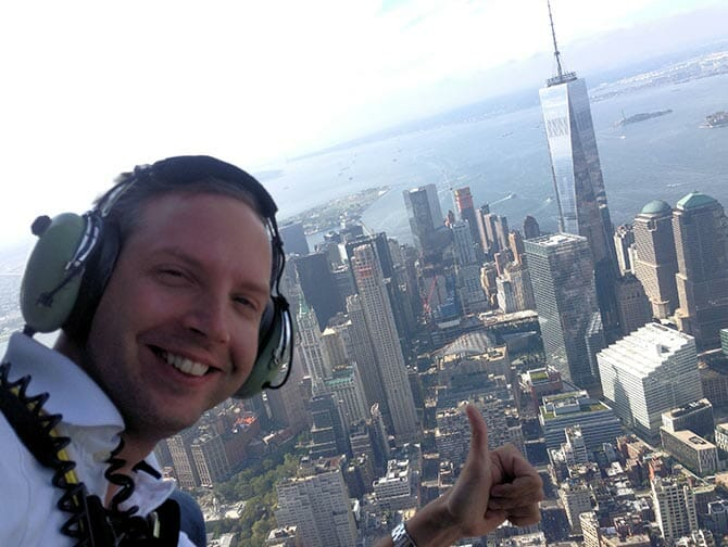 Giro in elicottero senza porte a New York - Selfie