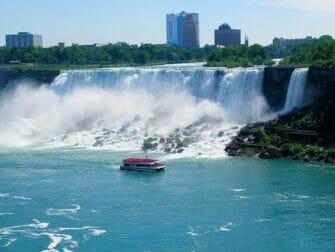 Da New York alle Cascate del Niagara in autobus per un giorno - Maid of the Mist