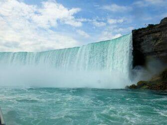 Da New York alle Cascate del Niagara in autobus per un giorno - Vista da Maid of the Mist