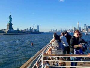 Crociera con Happy Hour a New York