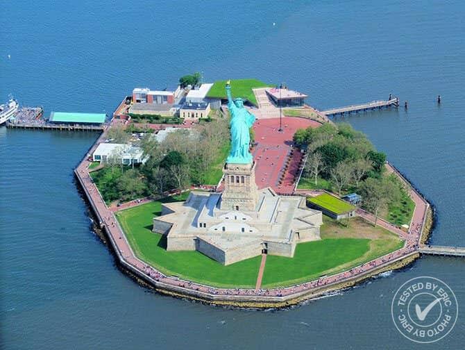 Giro in elicottero a New York - Statua della Libertà