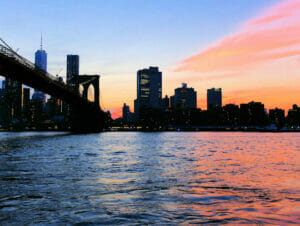 Giro in battello al tramonto a New York