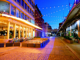 South Street Seaport a New York - Di notte